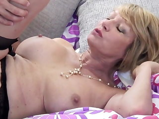 Mature slut mom suck and fuck young baffle