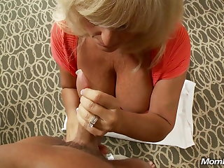 Grown-up Big Titty Swinger Milf Squirts