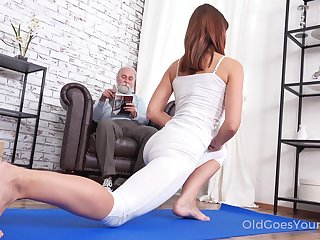 Pretty chick Mina gets fucked by will not hear of stepdad kick the bucket a good yoga opportunity