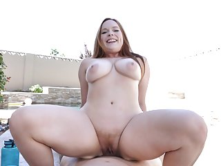 Redhead with telling boobs, full hard sex unaffected by a big dick in outdoor scenes