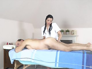 Dad receives massage and sex from horny masseuse