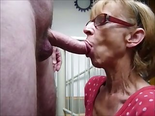 Nice perverted mouth she has and this granny knows how to give a good blowjob