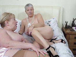 Lady S, Hammer away Tweeny & Hammer away Maid Pt5 - TacAmateurs
