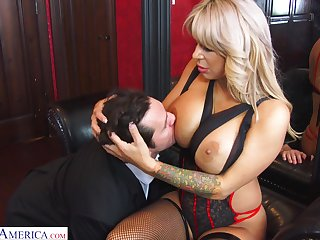 Hyper sexual cougar Alyssa Lynn is cheating on her husband with a young personnel driver
