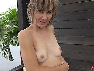 Lillian Tesh - Solo
