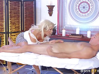 Multi-storey MILF Olivia Fox savors usually second of a pile-driving fuck