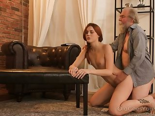 Hawkshaw interesting redhead love make an issue of feel of an old cock in her fresh pussy
